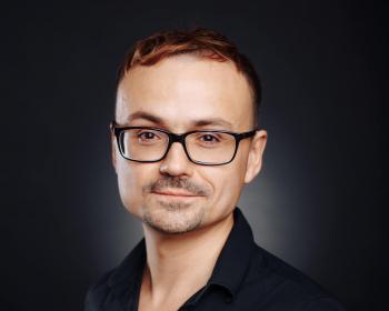 EHU lecturer Uladzislau Ivanou awarded doctor's degree